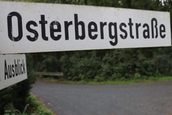 Straßenschild Osterbergstraße Rastede